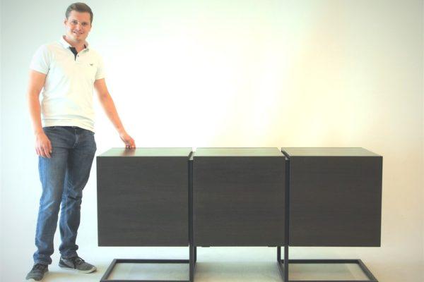 """Bernhard Stütz mit seinen """"Secret Cubes"""""""
